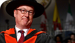 Prof Jonathan Edmondson Honoured as Distinguished Research Professor at Convocation 2017-06-25 | Photo