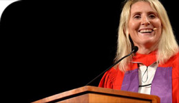 HonDoc Hayley Wickenheiser at Convocation | 2017-07-03 | photo