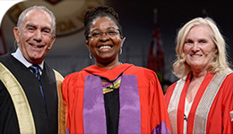 Honorary Doctorate recipient Angela Robertson flanked by Chancellor Sorbara (left) and President Lenton (right) | Photo | 2017-10-26